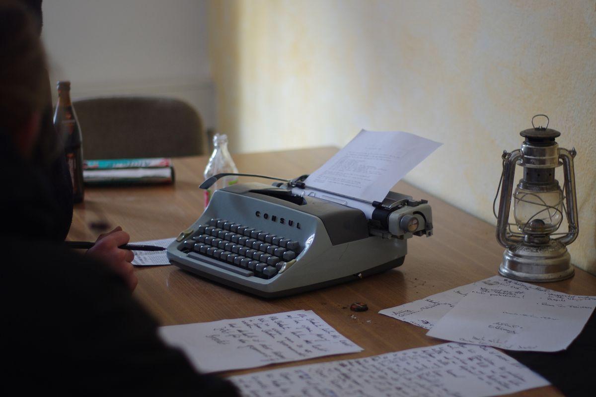 Schreibmaschiene für die revolutionäre Tat